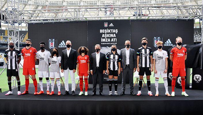 Kulübümüz İle adidas'tan Kalplere Dokunan İmza Kampanyası